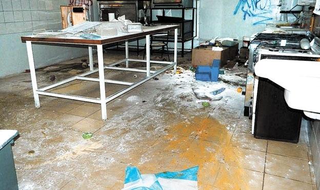 Ataques a escuelas, el hospital y el cementerio de Tupungato