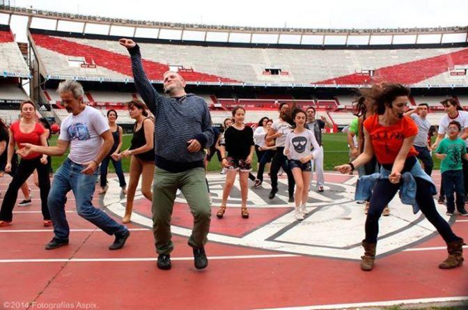 """""""Bailemos Todos"""", una campaña solidaria por los chicos con leucemia"""