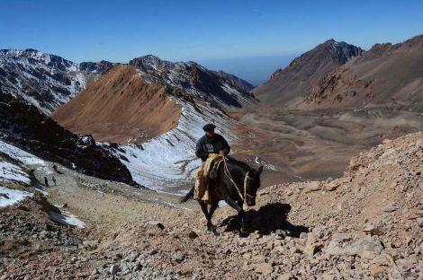 Por estos días, el camino ya está cubierto de nieve. |@ (Claudio Gutiérrez / Los Andes)