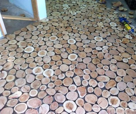Cordwood flooring by Sunny Pettis Lutz in Cornville, AZ 2 step by step instrucitons