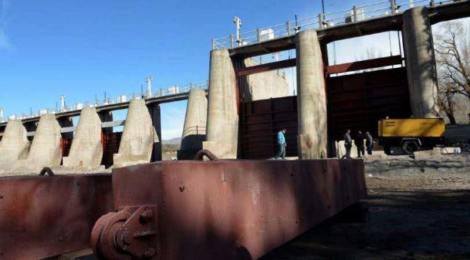 Reparan las compuertas del dique Valle de Uco