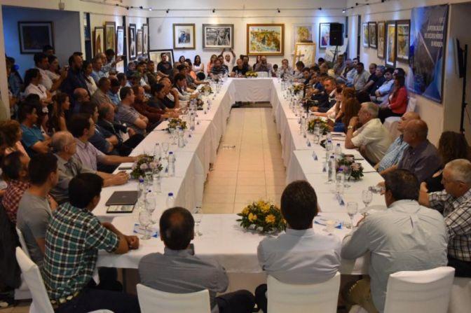 Un aliado de Cornejo organiza un evento a favor de la 7722